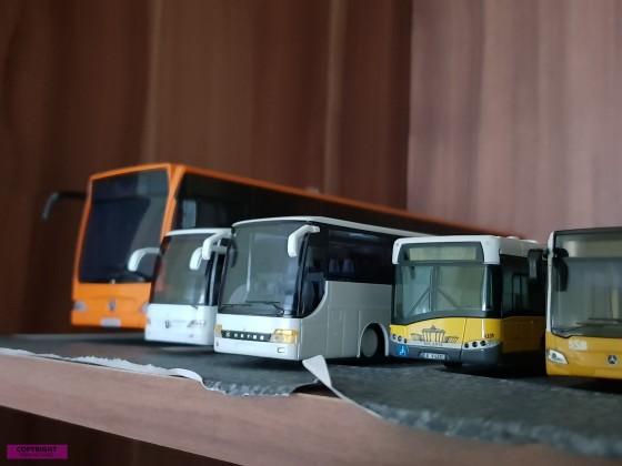 Modelbusse Maßstab 1:87